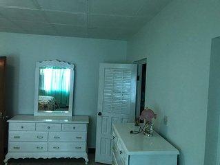 Scarlett Hall Hideaway 4Br/3Ba,Runaway Bay, St Ann, JA, Property w/WiFi andAC