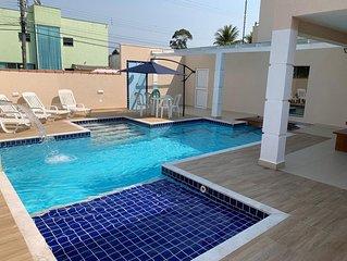 Casa de alto padrão com piscina - 4 suítes  - churrasqueira e forno de pizza