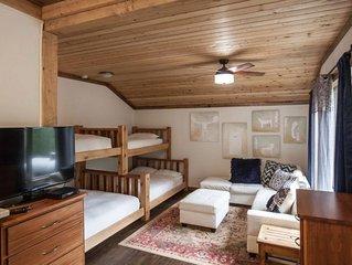 Base Camp Guest House - Black Bear Suite