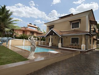 Magnificent Private Swimming Pool Villa on Holiday Street in Calangute, Goa
