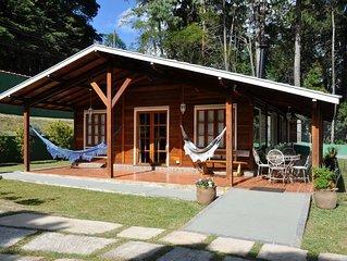 linda casa madeira com wifi, perto do palácio, acesso todo asfaltado até o local