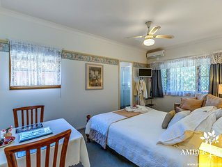 Tranquil Deluxe Room -  Boutique Lodge in the Heart of Mt Tamborine