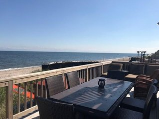Luxurious Mermaid Inn Beach House Kayaks SUP jacuzzi sleeps 12