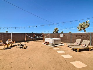 Home w/Hot Tub, Hammocks, Free Pass to Joshua Tree