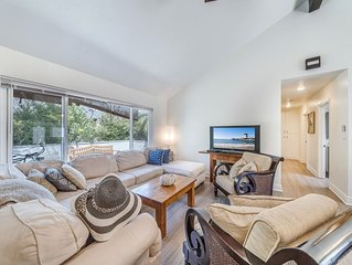 (#3)Newly remodeled great location with Jacuzzi and bikes