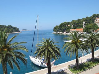 Renovated Apartment In The  Stone House In The Centre Of Old Cavtat