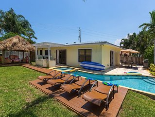Remodel House On The Canal with new pool an Jacuzi walking distante the Beach