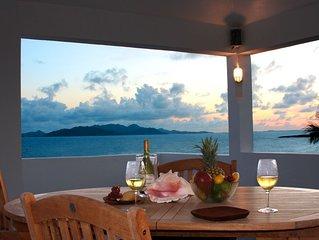 Romantic Private Villa, Panoramic Ocean Views, Pool, Spectacular Outdoor Spaces.