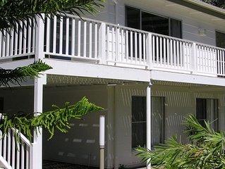 Wonky Pine Beach House, NARRWALLEE- 4 bedroom