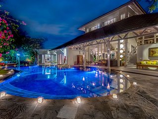 LUXURY VILLA IN SEMINYAK,UP TO 18 PPL