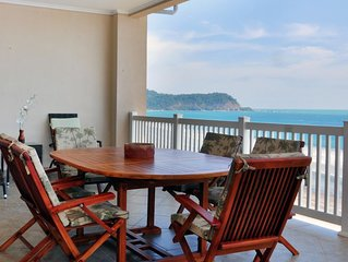 Beachfront 10th fl penthouse with fantastic views, balcony with grill, access to