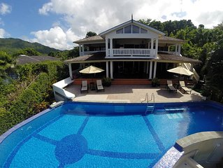 The Marigot Sun Villa-With your own infinity pool*