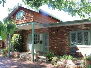 3 Gums Cottage | Self contained cottage - Perth Hills Wine Region, Kalamunda