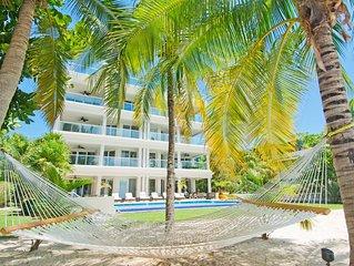 Gorgeous Luxury Beachfront Condo On Seven Mile Beach - 4 bed, Sleeps 10