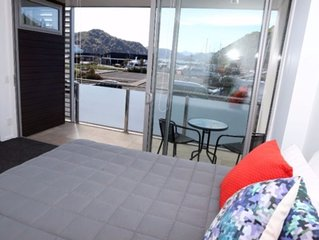 Luxury Waterfront Dockside Apartment #4