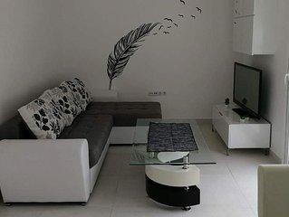 Apartman Petica / Apartment Five