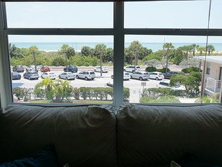 Modern Surf Theme Condo - Beachside with Gulf views