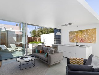 46 Kelly  - Luxury Apartment- Battery Point
