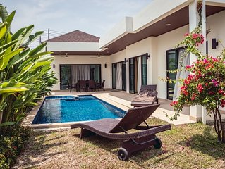 Beautiful modern Villa for Rent in Rawai Nai Harn Area 10 minutes to the beach