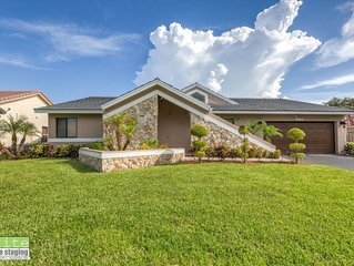 Amazing private lake home all renovated in Coral Springs Fl