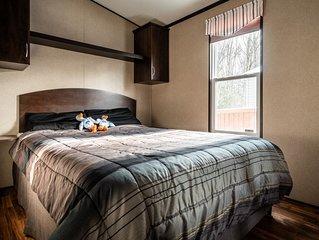 Great Blue Resorts - Lantern Bay Resort - Muskoka - 2 Bedroom Cottage