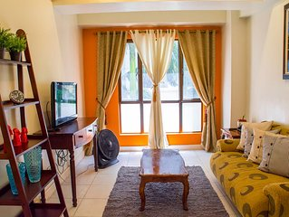 Good value 1BR BGC; w WiFi & parkng