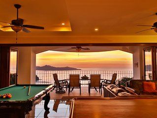 Breathtaking Ocean View Penthouse Playa Flamingo