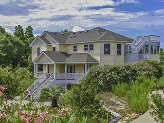 Privacy, spacious, steps to beach, tranquil golf club location