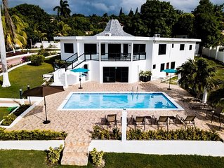 Vibes cove villa come enjoy your stay !