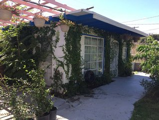 Casita del Rey: A quiet child and pet friendly oasis in the heart of downtown