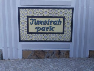 Executive furnished apartment,free WiFi and Netflix,game park,water park,beaches