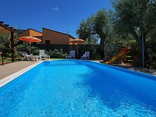 Private pool, large Garden, Terrace, Air conditioning, Wi-Fi, near the Sea.