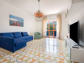 Amalfi Coast, Sorrento, Main Avenue Top Floor Apartment