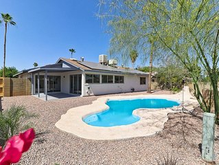 NICE! 3 BED REMODELED HOME W/POOL, GOLF, SPORTS, HIKING, SHOPPING, RESTAURANTS!