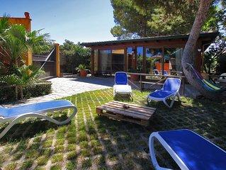 3 Bedrooms Villa, 2 Bathrooms, WiFi, Garden, bbq, Outside Kitchen, Public Pool