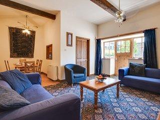 Forge Cottage - Three Bedroom House, Sleeps 6