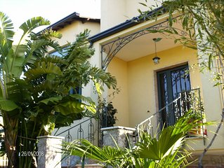Up to 6 guests| WiFi |Great View, Garden | 5min to TAORMINA - By 'SunTripSicily'