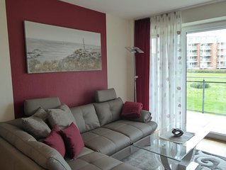 Strandpalais Wohnung 4, Seesicht, WLAN, Balkon, Strandkorb am Strand (saisonbedi