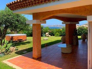 Villa Penelope – Splendida Villa di Lusso Panoramica a Palau, fino a 10 persone