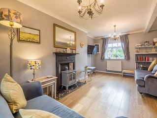 A three-bedroom terraced cottage which is comfortable and well-equipped.