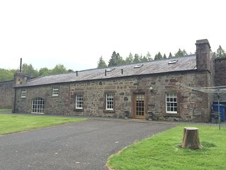 Cunninghame Cottage - Family Friendly Cottage on the Beautiful Blairquhan Estate