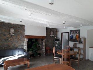 Appartement de 55 m2 en plein cœur historique de Paimpol à 40 m du port.