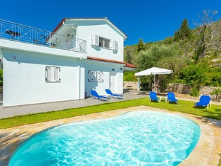 Villa Mia: Private Pool, Walk to Beach, A/C, WiFi, Car Not Required, Eco-Friendl