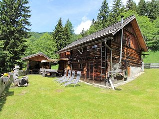 Cozy Chalet jn Obervellach with Barbecue