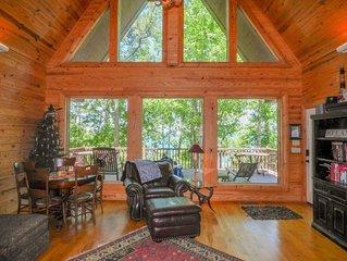 Stunning Greers Ferry Lakefront Home w/ 4 bedroom + 4 bathroom