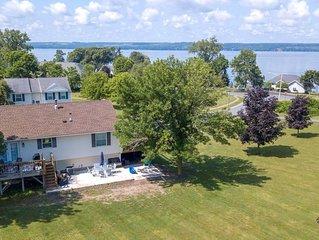 Lakeside Lookout: 'Gorgeous Seneca Lake Views Right Off Wine Trail!'