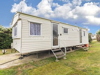 6 berth caravan for hire at Breydon water near Great Yarmouth ref 10029 RP