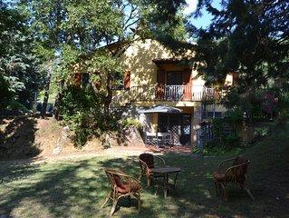 Casa singola ad uso esclusivo, zona tranquilla e non isolata tra Umbria Toscana