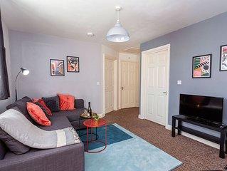 Stylish Cosy Apartment, Parking, Netflix, Sleeps 4