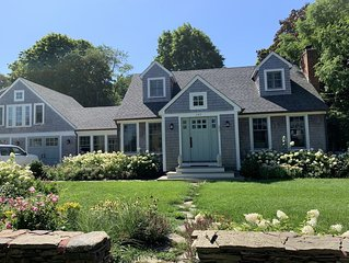 Shoreby Hill - Recently Renovated Spacious Cape